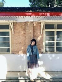 Vivian YW