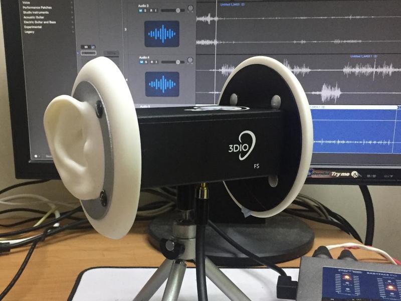 作品中的音效、人聲皆用立體音麥克風收錄
