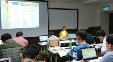 將專業的金融分析模組套用到賽事分析